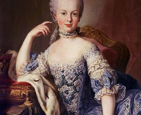 474px-Marie_Antoinette_Young2